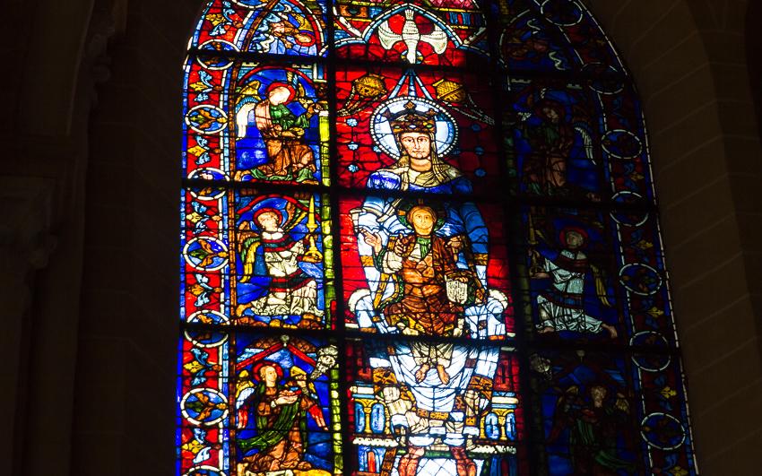 Notre-Dame de la Belle Verrière, Chartres Cathedral - Photo by Asgeir Pedersen, Spots France